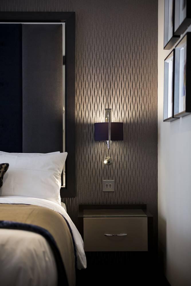 London Hotel Westbourne Bedroom Details