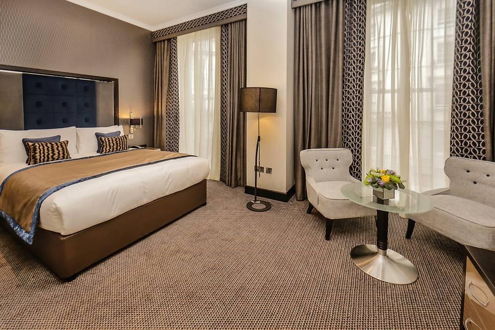 London Hotel Westbourne Luxury Suite